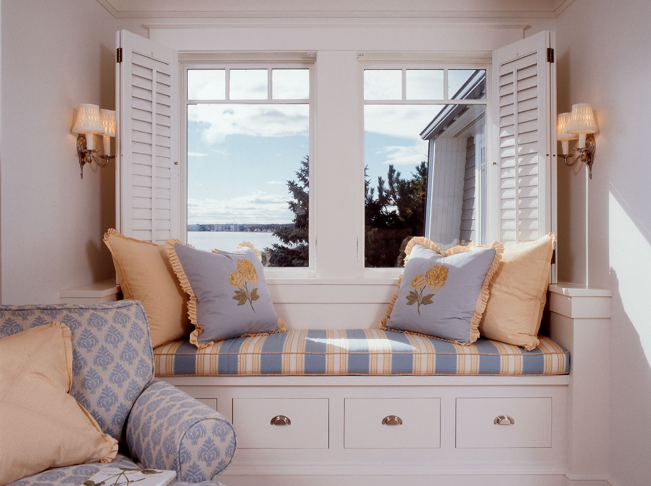 Douston-Featured2-Master Bedroom Window Seat