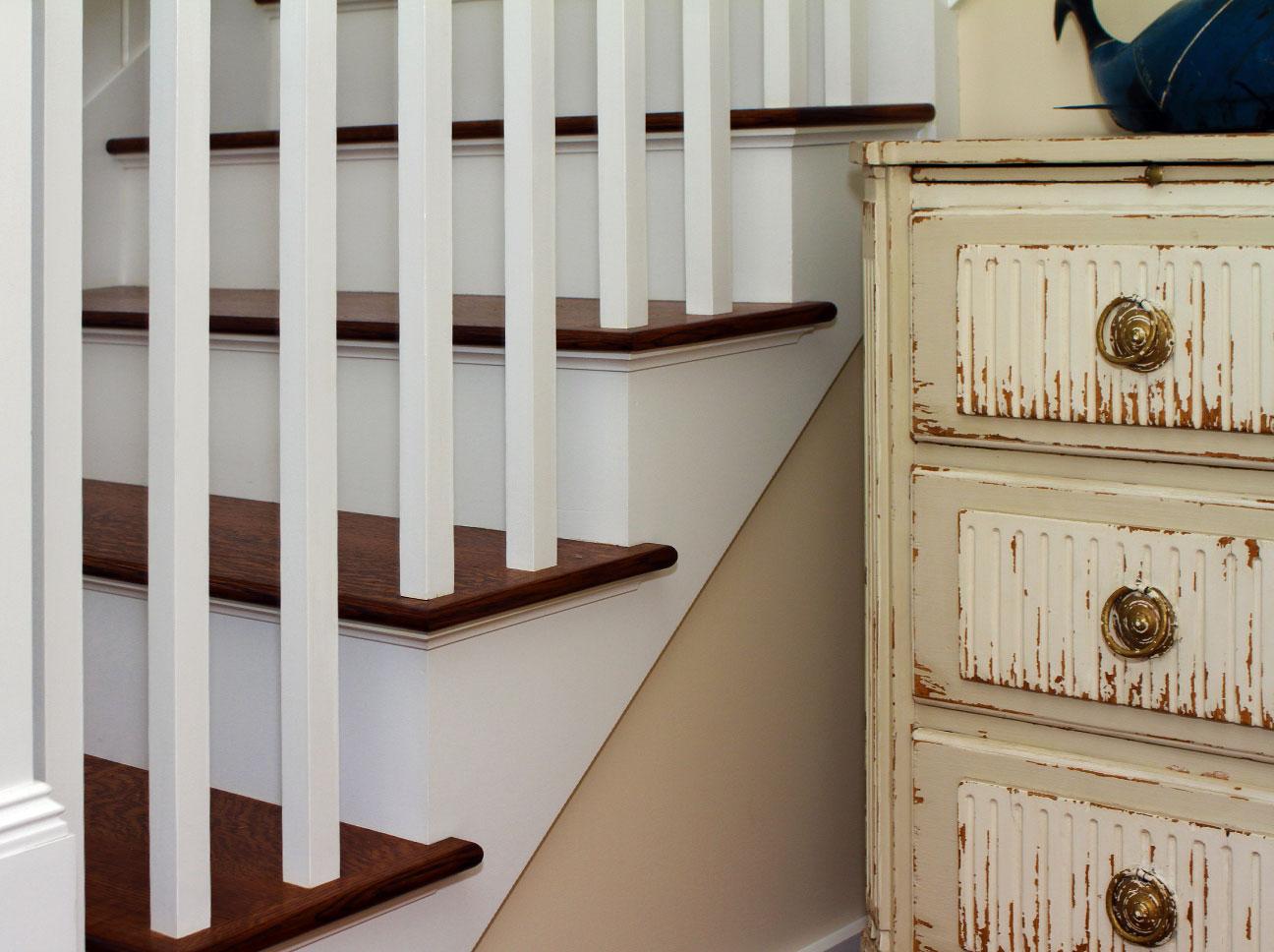 Douston-Millwork-Staircase Detail
