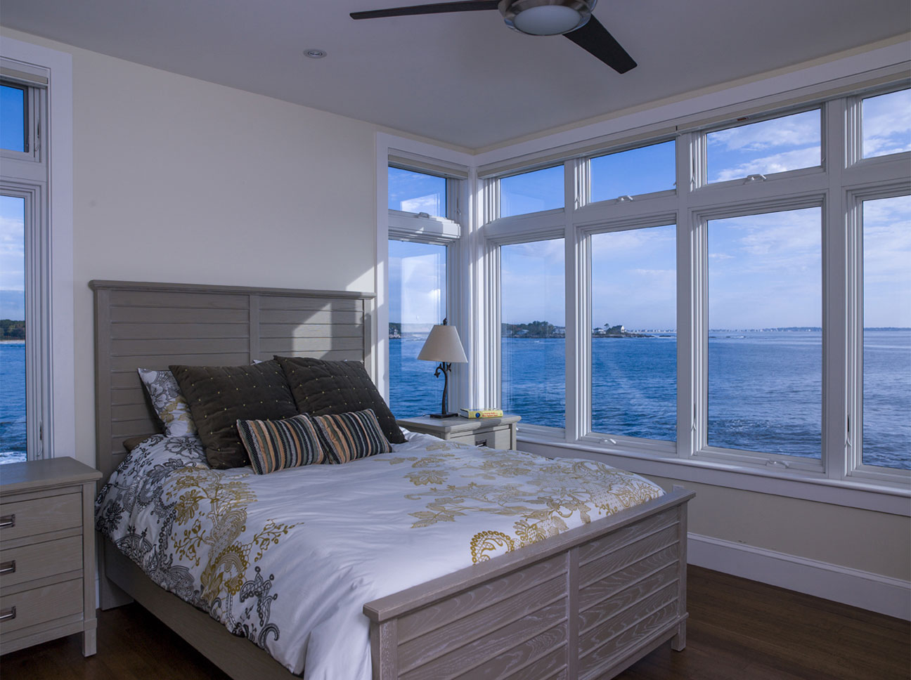 Douston-Interiors-Oceanside Bedroom