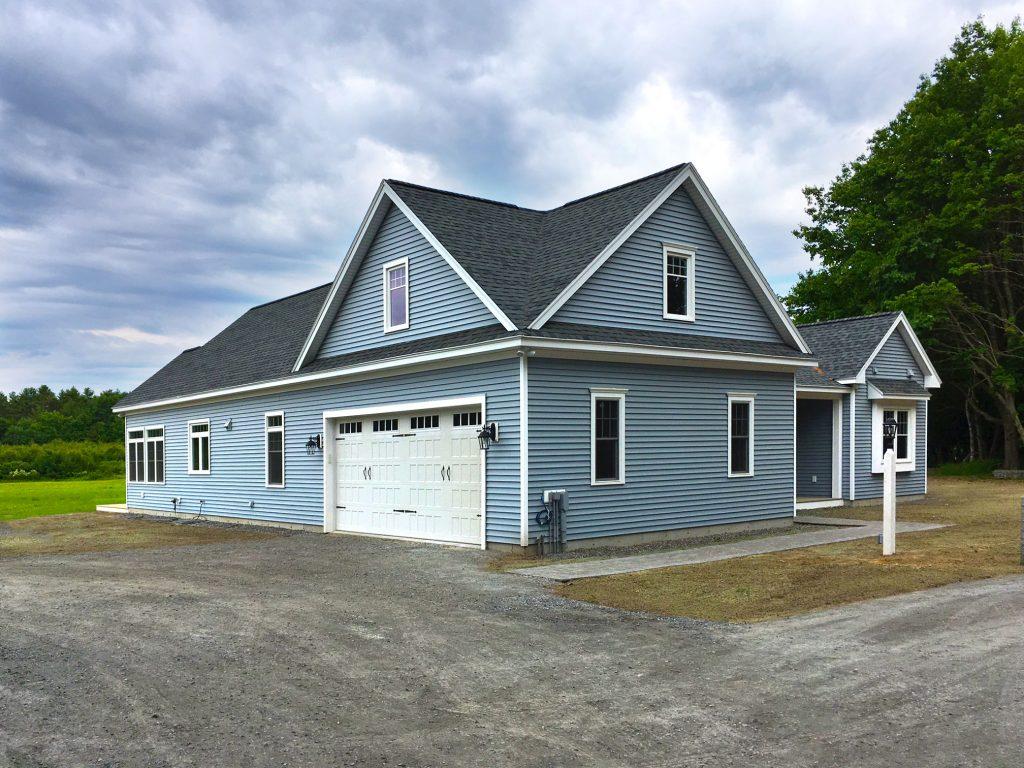 Arundel Residence Exterior Garage